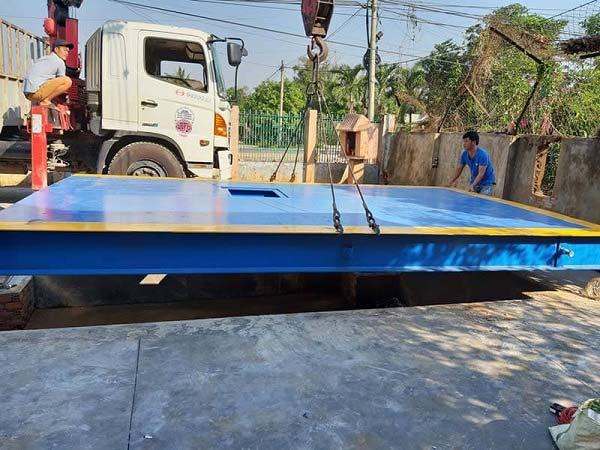 Khung bàn cân xe tải 100 tấn